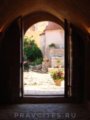 Монастырь Аркадиу. Крит.